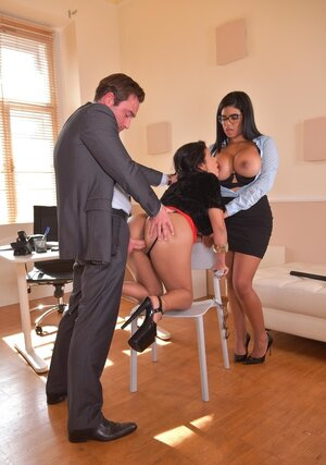 Latinas with huge twins give sexual pleasure to boss in his office for promotion