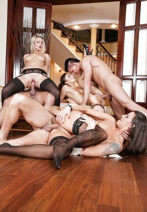Three European sluts take part in group bang whole of anal sex and double ripping